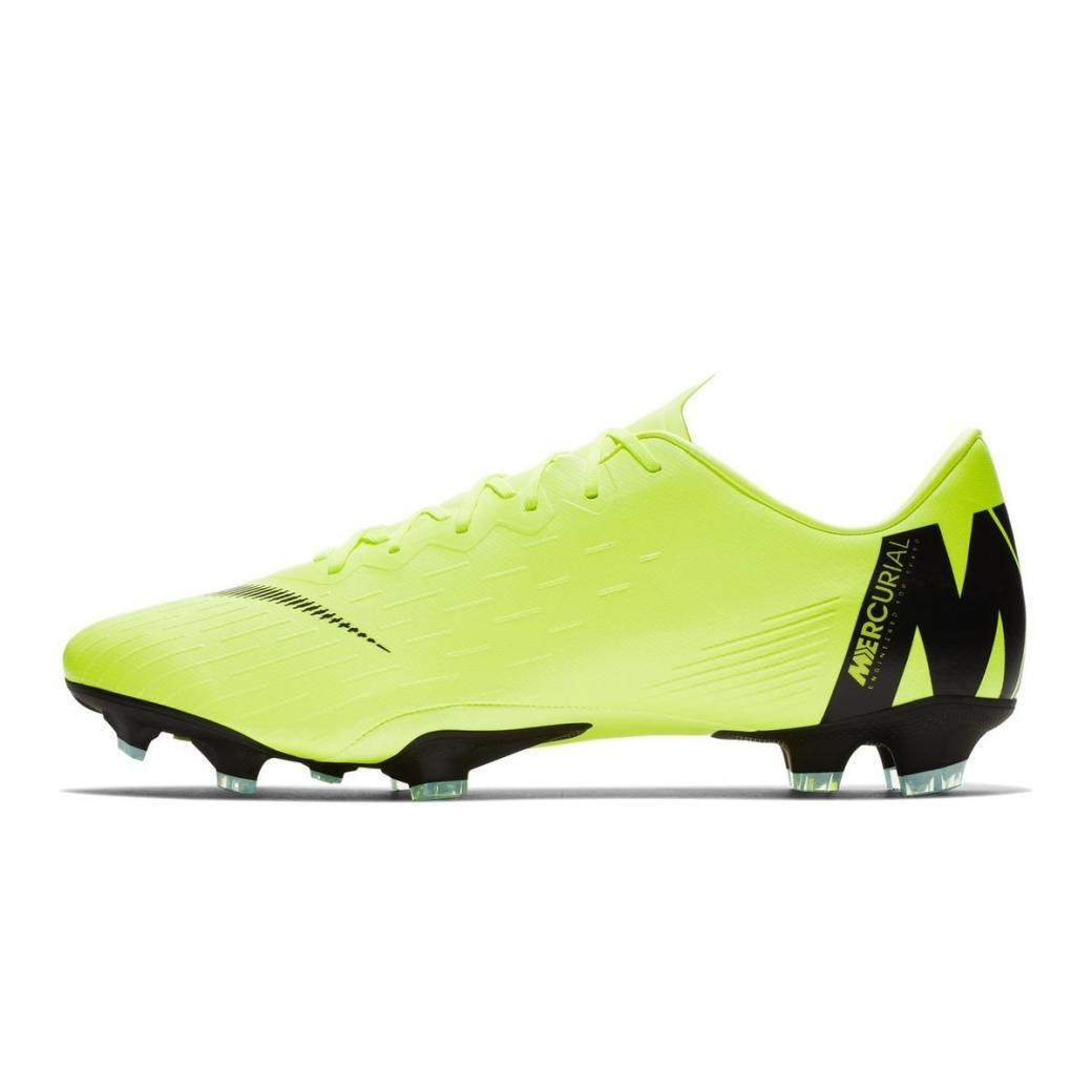 chaussure de foot nike homme